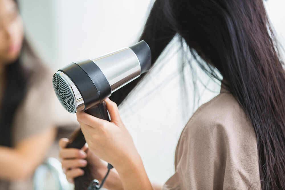 Come funziona un Asciugacapelli a Tecnologia Ionica